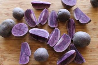roasted-purple-potatoes-with-tarragon2